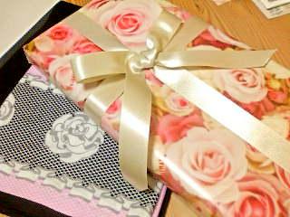 薔薇の包み