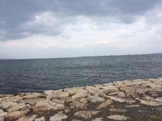 びわ湖はときどき曇り